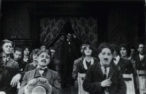 A_Night_at_the_Cinema_in_1914_-_A_Film_Johnnie_pic_1-300x195
