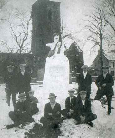 Snowman Memorial, Newtownards, March 1924
